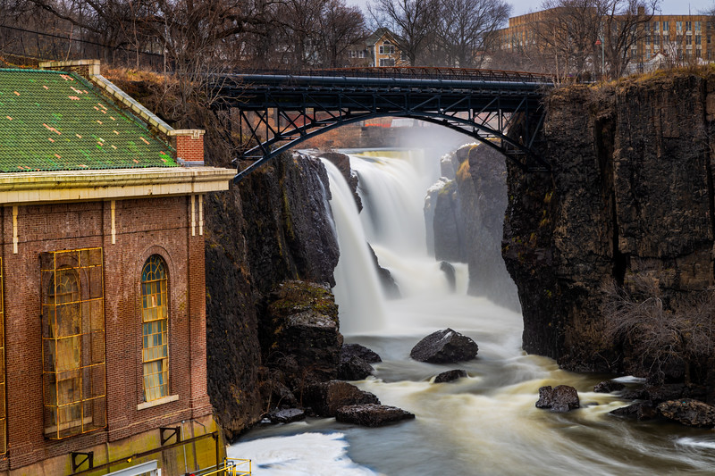 Great Falls of the Passaic River is a prominent waterfall, 77 feet (23 m) high, on the Passaic River in the city of Paterson in Passaic County, New Jersey,