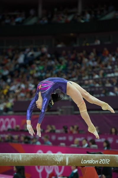 __02.08.2012_London Olympics_Photographer: Christian Valtanen_London_Olympics__02.08.2012__ND43656_final, gymnastics, women_Photo-ChristianValtanen