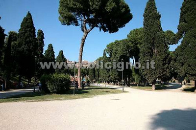 ROME - PARKS & GARDENS (PUBLIC AND PRIVATES)