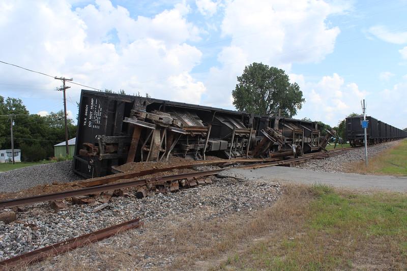 2014 0620 Train derail (9).JPG