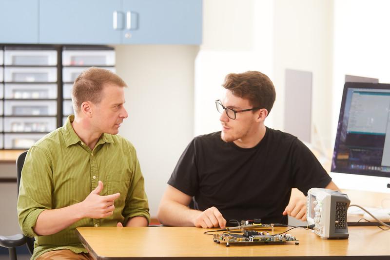 2019 UWL Elliot Forbes Laik Ruetten Computer Engineering Lab 0117.jpg
