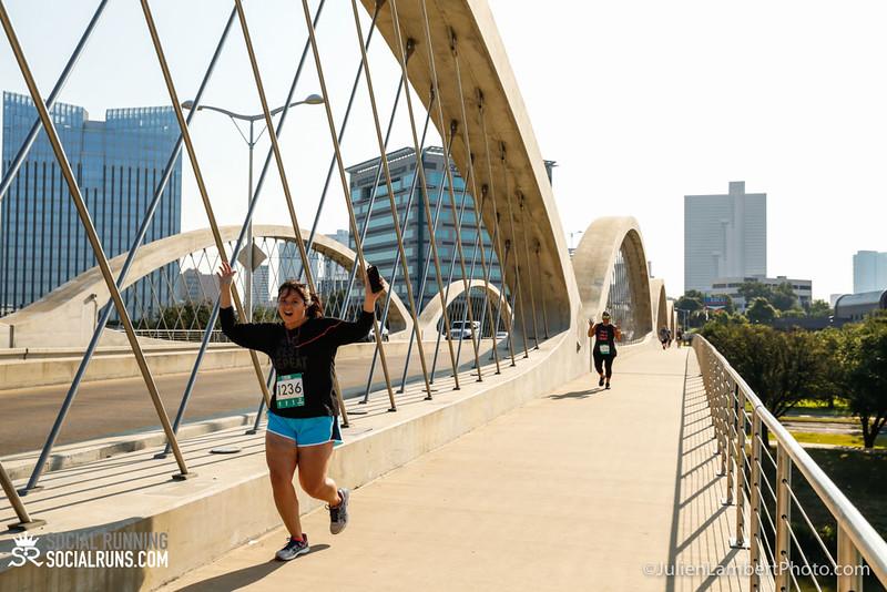 Fort Worth-Social Running_917-0534.jpg
