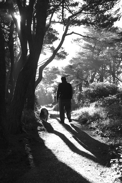 Onni and Steve walking up to Seal Rock scenic area