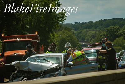 MVA With Injuries - Merrit Parkway NB Near White Plains RD Ramp - 6/25/20