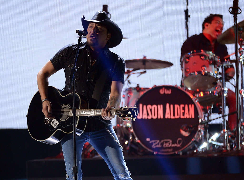 . LAS VEGAS, NV - DECEMBER 10:  Musician Jason Aldean performs onstage during the 2012 American Country Awards at the Mandalay Bay Events Center on December 10, 2012 in Las Vegas, Nevada.  (Photo by Mark Davis/Getty Images)