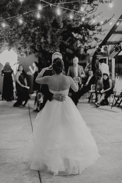 2018-09-22_ROEDER_AlexErin_Wedding_CARD2_0242.jpg
