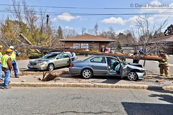 3-13-12 Allendale, NJ Motor Vehicle Accident: De Mercurio Drive