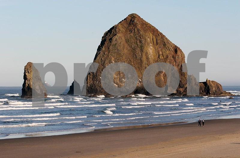 Cannon Beach 4665.jpg