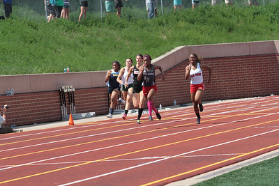 D1 Girls' 200 Meter Finals - 2014 MHSAA LP T&F Finals
