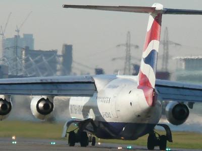 London City Airport (08-02-2008)