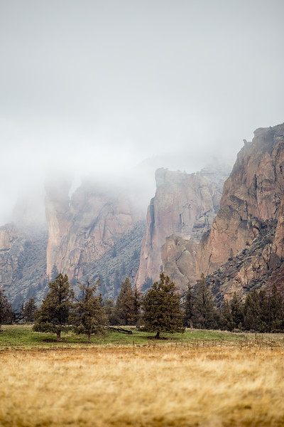 Smith Rock Cloudy Outting-1.jpg