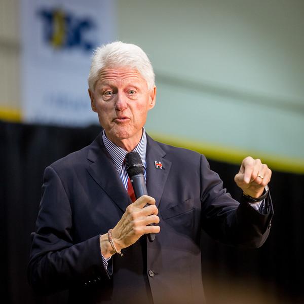 President Bill Clinton @ TCNJ 5-13-2016-45.jpg