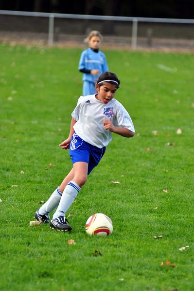 plainville u-11 girls soccer 10-17-10-033.jpg
