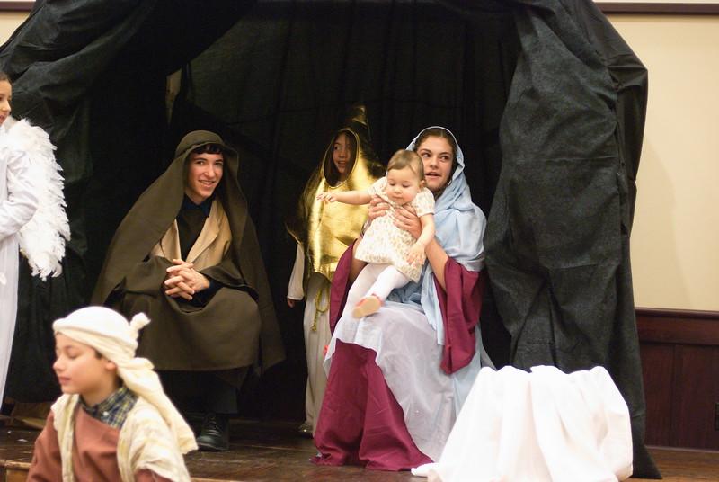2014-12-21-Christmas-Pageant_141.jpg