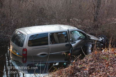 01-05-2012, MVC, Franklin Twp. Gloucester County, Grant Ave at the Bridge