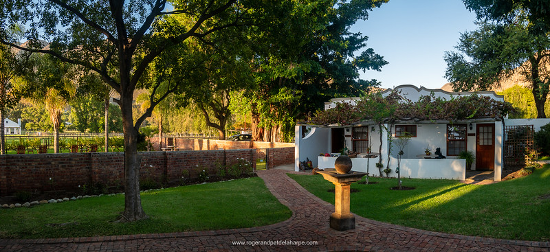 Cool and lush, Long Acres Cottages in Montagu.