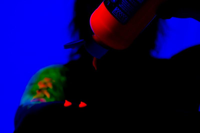 2011-08-28-Black Light Test