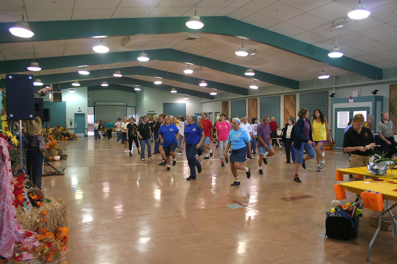 6881 LHStomp dancers.jpg