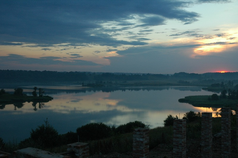 Dusk and Ruins - Lake Kaunas, Lithuania