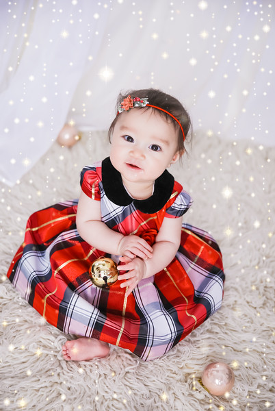 newport_babies_photography_6_months_photoshoot-0042-1.jpg