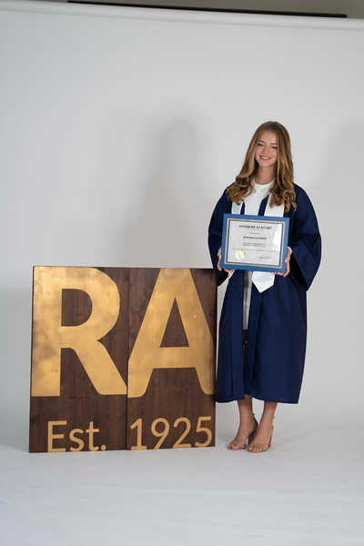 Izzy Herlong Graduation Unedited Proofs