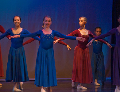 Laurel Dances to Waltz from Swan Lake