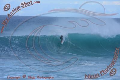 <font color=#F75D59>2010_11_01 (5-6pm) - Surfing Sunset, NORTH SHORE</font>
