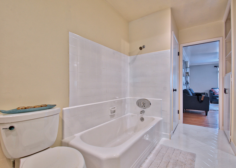 Bath4 - Version 2.jpg