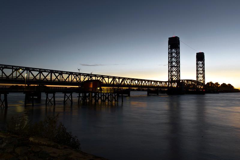 Rio Vista Bridge @ Dawn 2-0654.jpg