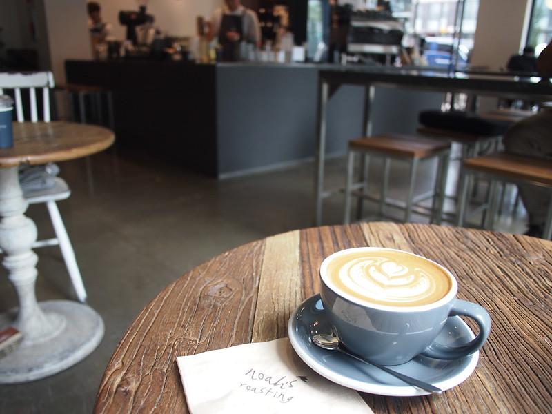 P6283938-noahs-roasting-coffee.JPG