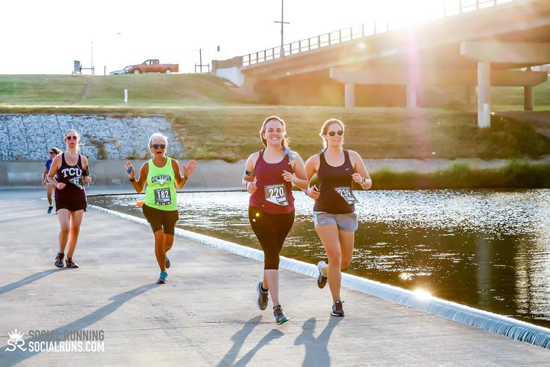 National Run Day 18-Social Running DFW-2416.jpg