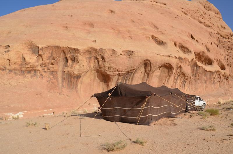 DSC_9531-bedouin-tent.JPG