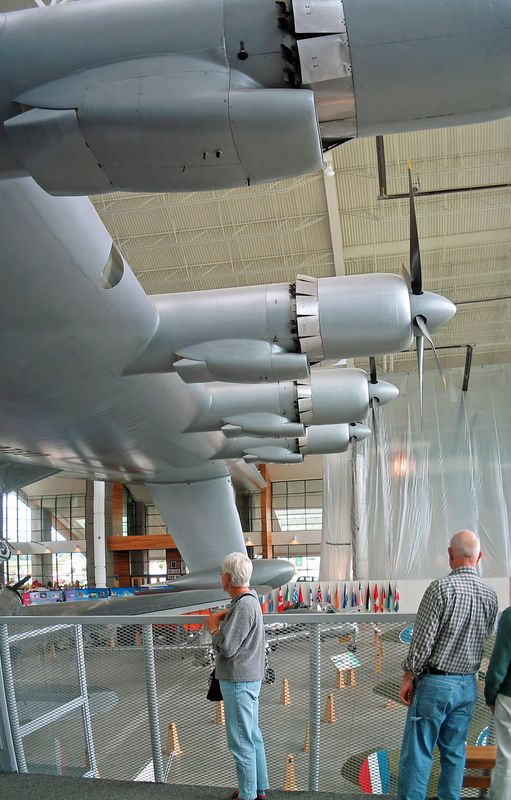 Spruce Goose Evergreen Museum 009.jpg