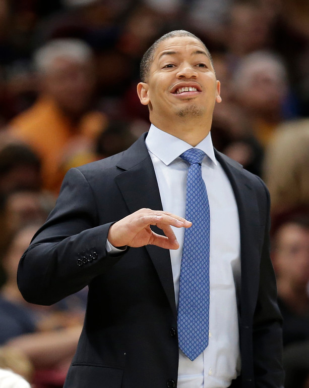 . Cleveland Cavaliers head coach Tyronn Lue yells to players in the first half of an NBA basketball game against the Atlanta Hawks, Sunday, Nov. 5, 2017, in Cleveland. (AP Photo/Tony Dejak)