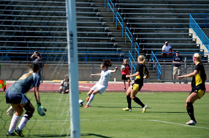 UNF Womens Soccer  5700.jpg