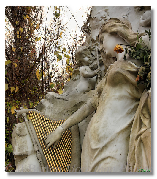 Johann Strauss Detail of the monument on the grave of Johann Strauß in Vienna 5th place prize in the 2009 UN Photo Contest, Vienna