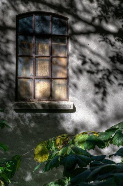 Lindeijer_2012-09-15_141846__01__02__03_tonemapped.jpg
