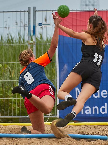 Molecaten NK Beach Handball 2017 dag 1 img 392.jpg