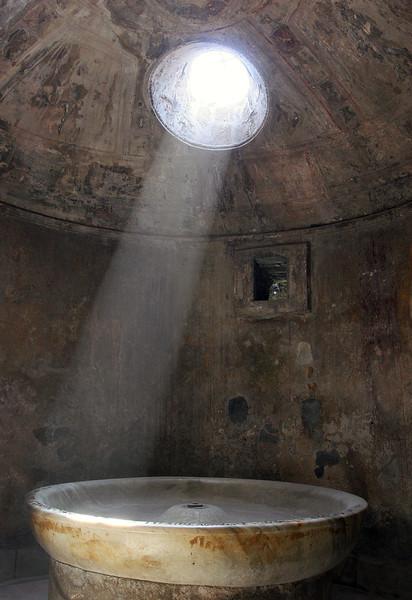 pompeii_light.jpg