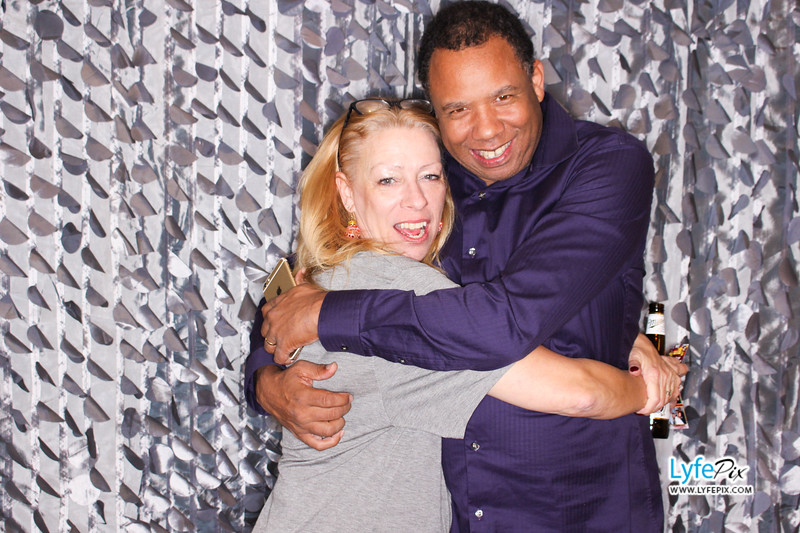 red-hawk-2017-holiday-party-beltsville-maryland-sheraton-photo-booth-0265.jpg