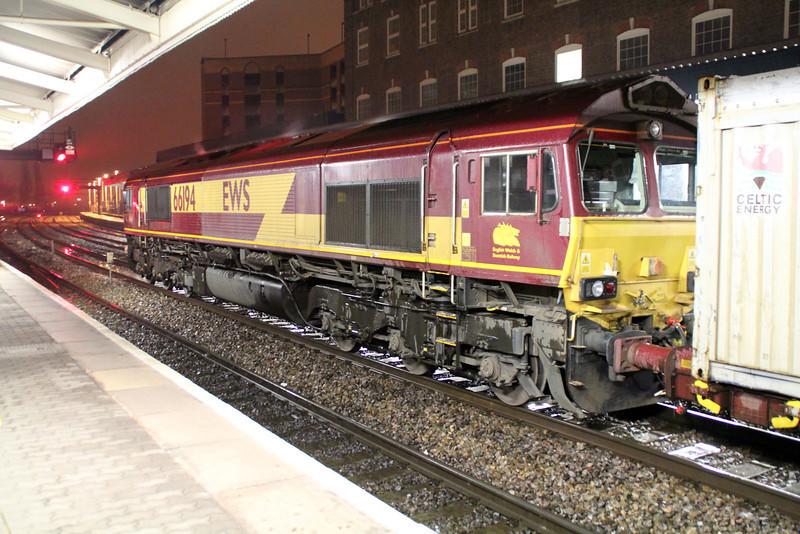 66194  2251/6m75 Margam-Carlisle.