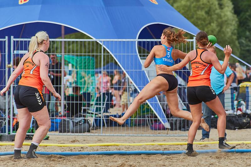 Molecaten NK Beach Handball 2017 dag 1 img 299.jpg