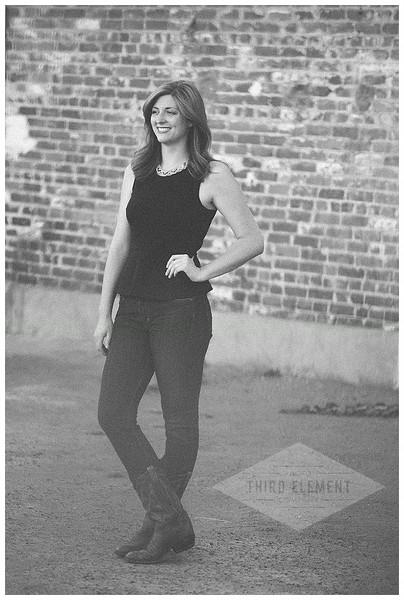 Kate Howard Sanger Senior Portraits_0007.jpg