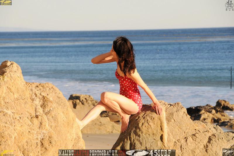 matador swimsuit malibu model 753.345.jpg