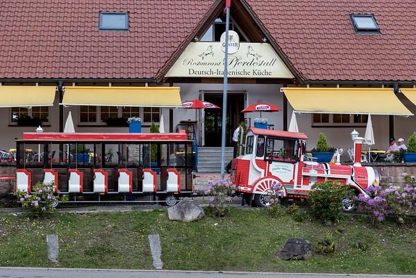 Trains in Minau
