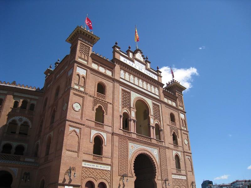 Plaza de toros (largest in Spain)