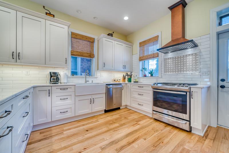 Zeile Bath and Kitchen 2020-27.jpg