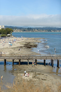 6445_d800b_Michael_and_Rebecca_Capitola_Wharf_Couples_Photography