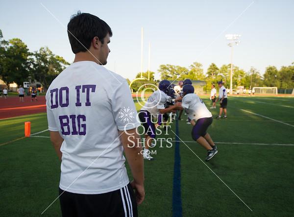 2013-08-30 Football Varsity St. Pius X @ Kinkaid