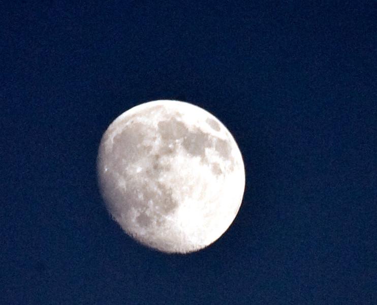 Moon  11 3- -0 069.jpg